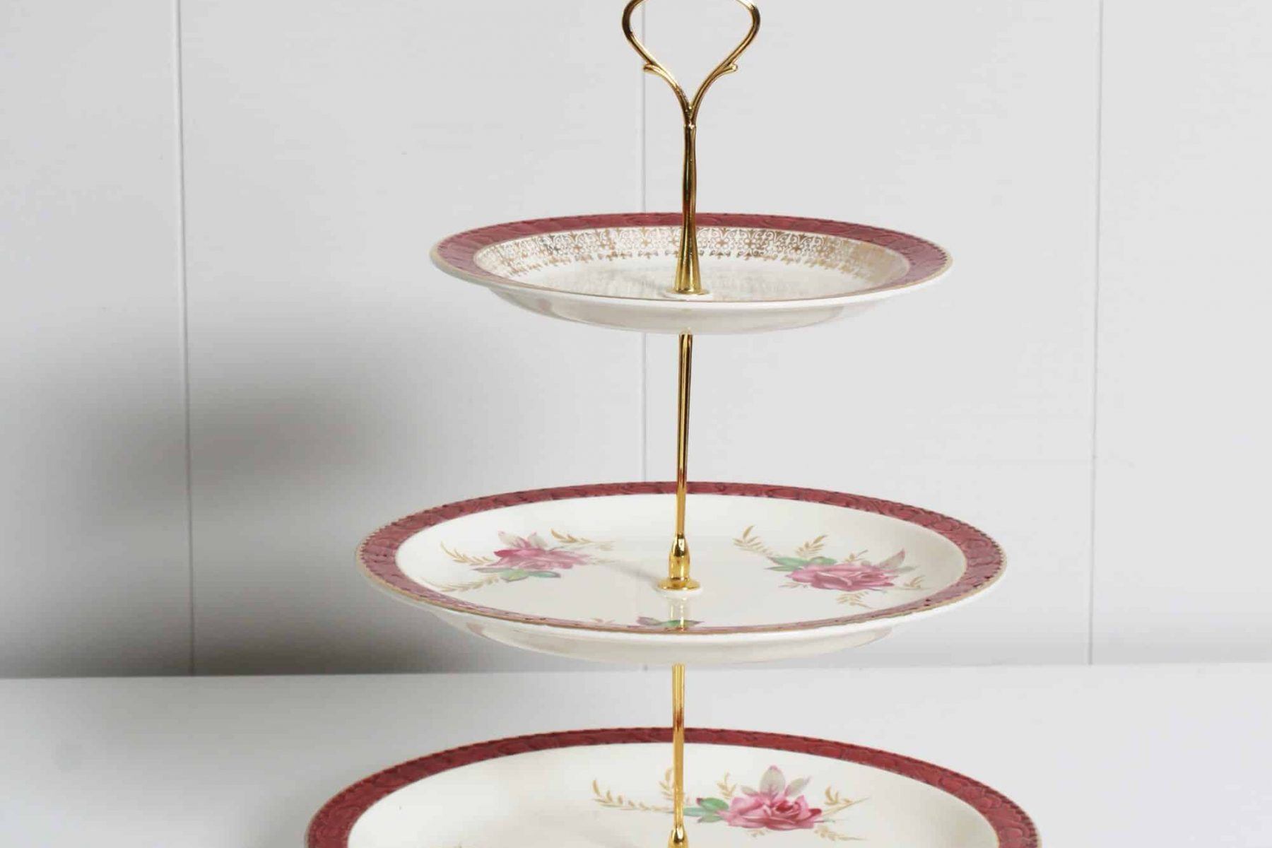 cake stand for hire 2