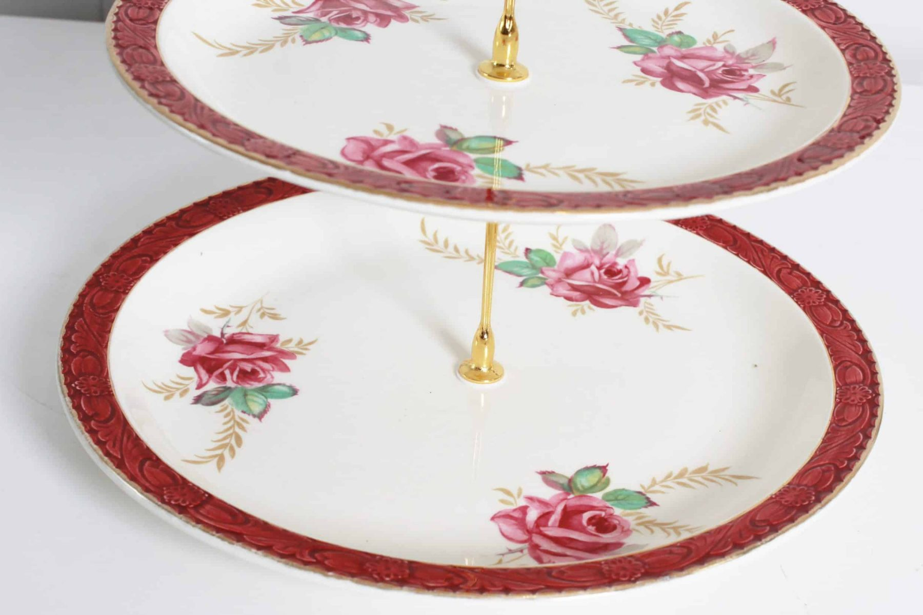 cake stand for hire closeup