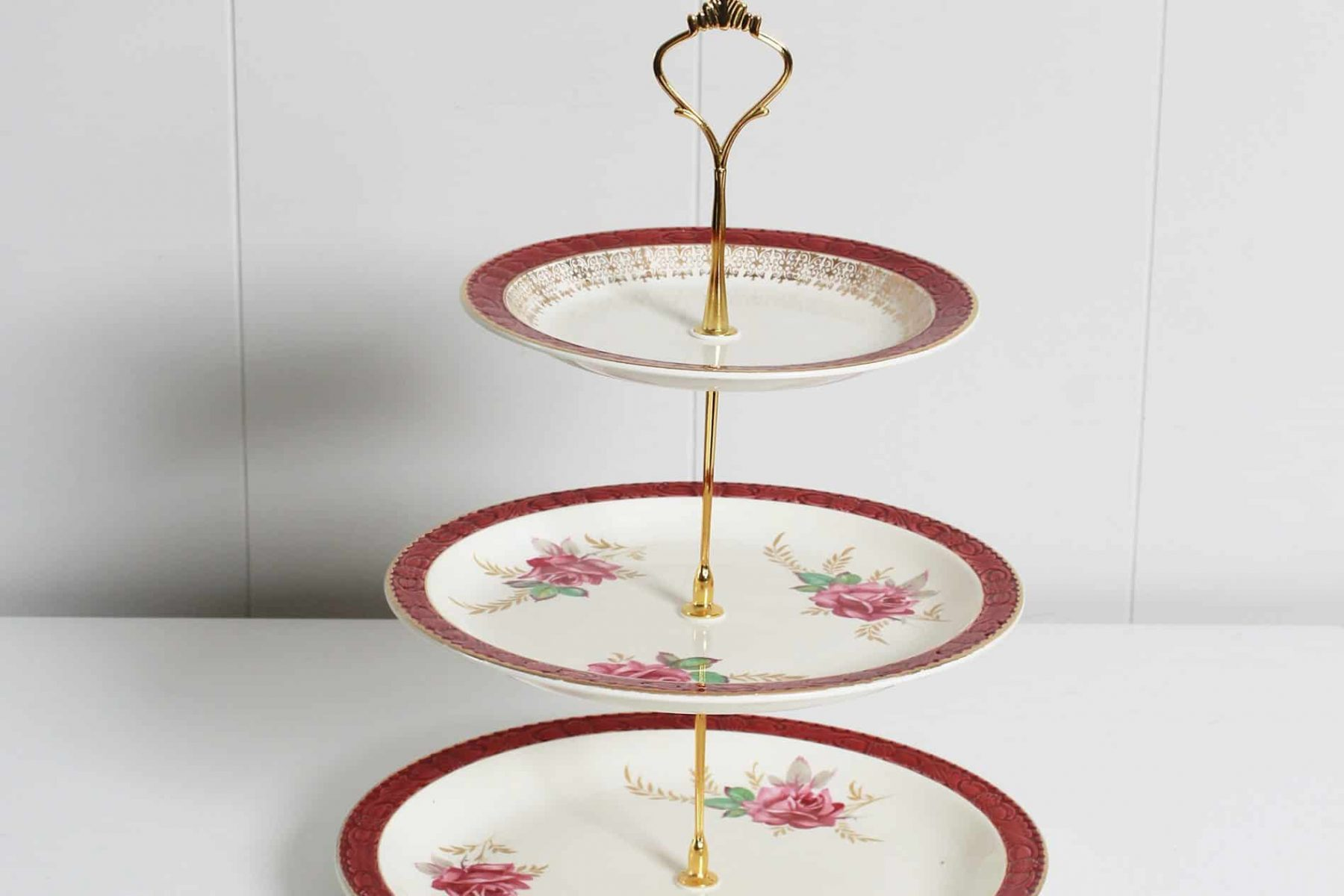 cake stand for hire