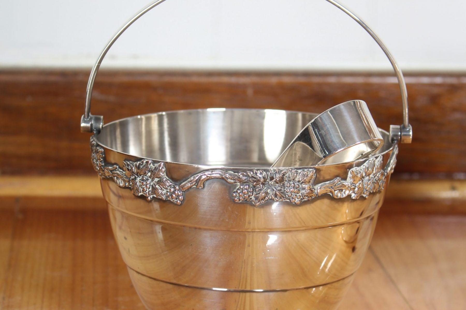 ice bucket4