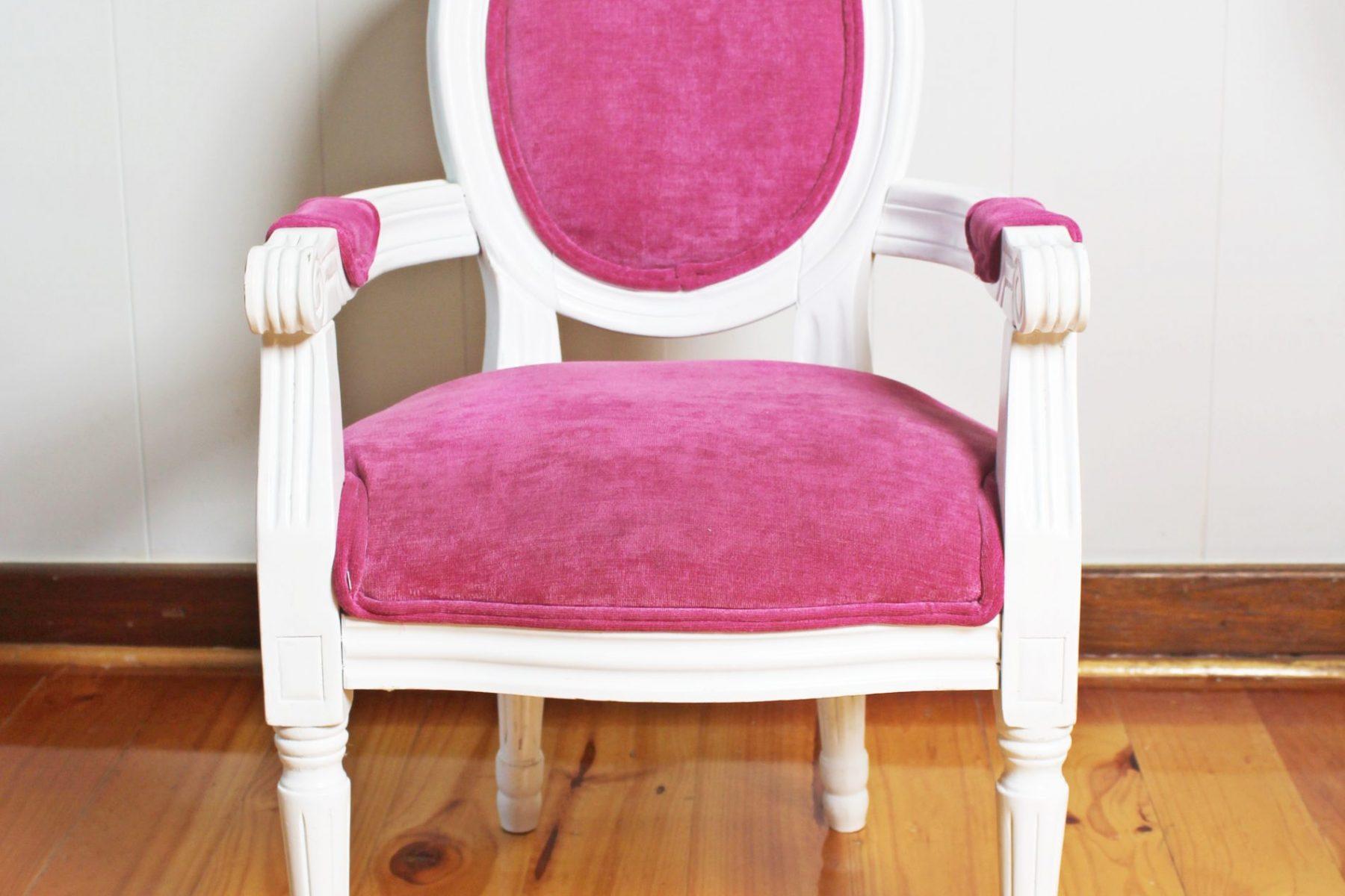 pinkchair2