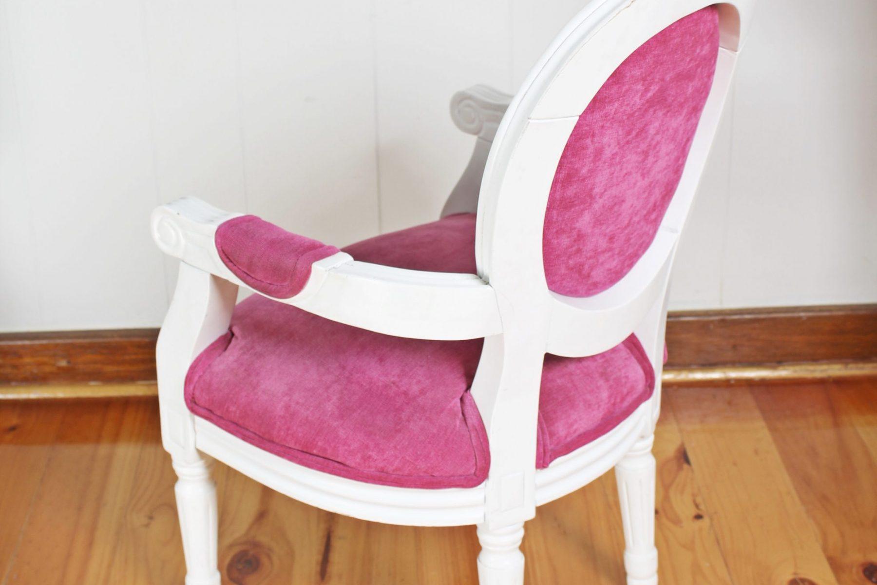 pinkchair3