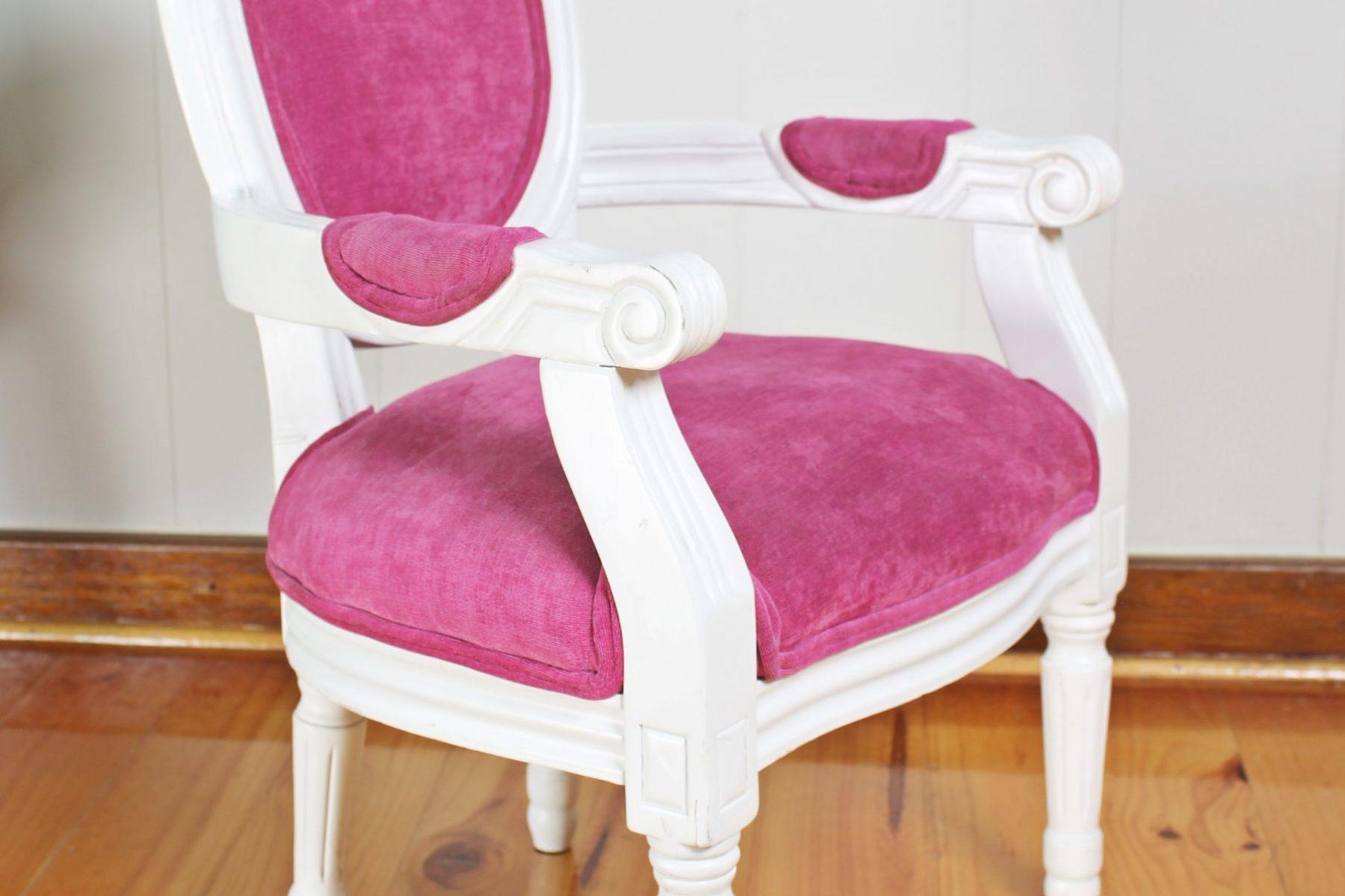 pinkchair5