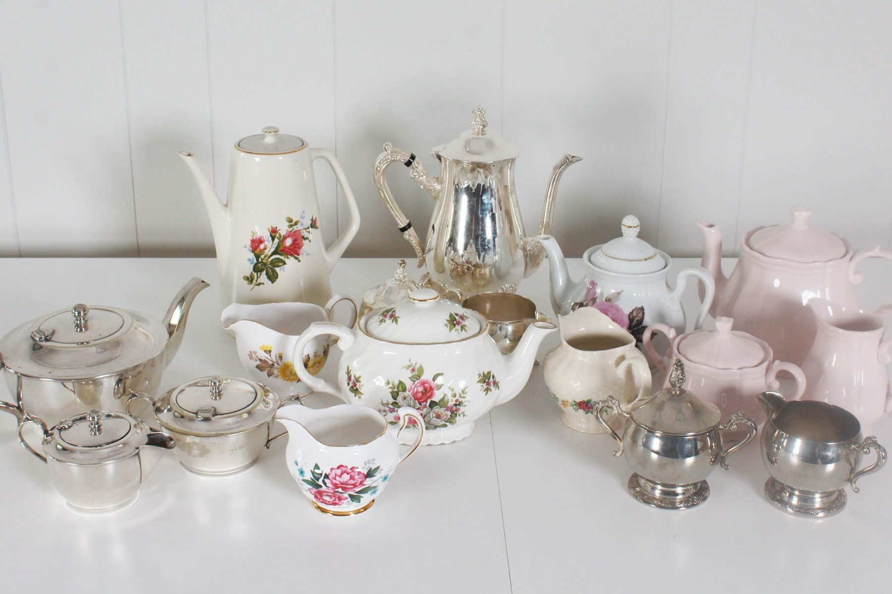 plates teapots and jugs (1)