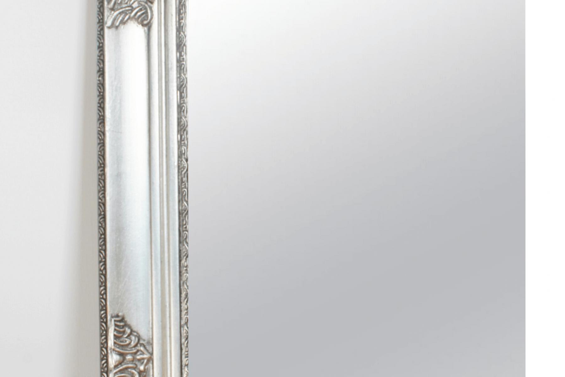 silver mirror closeup (1)