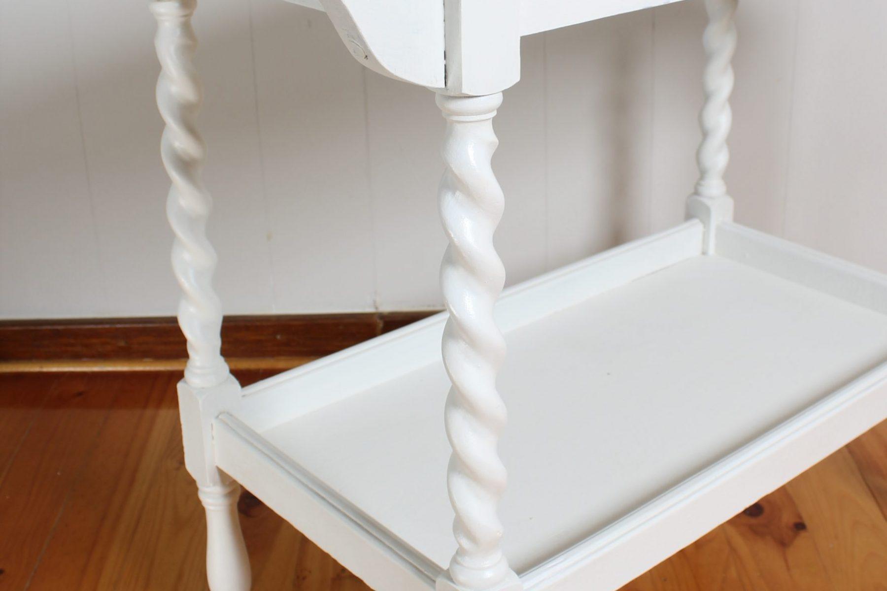 white cart4